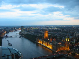 800px-house_of_commons_from_london_eye