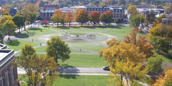 Dartmouth_college_campus_2007-10-20_45