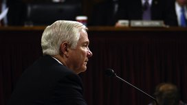 800px-robert-gates_armed-services-committee2