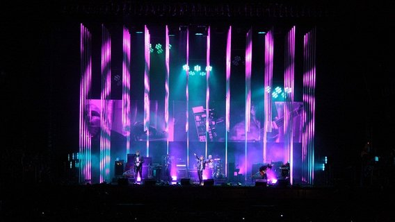 Radiohead_rainbows_tour