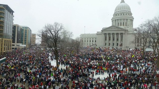 800px-2011_wisconsin_budget_protests_1_jo
