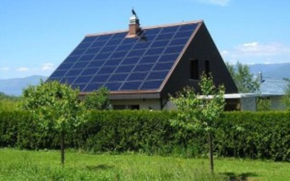 Solar-panels-on-german-house-300x188