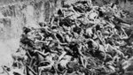 Mass_grave_bergen_belsen_may_1945