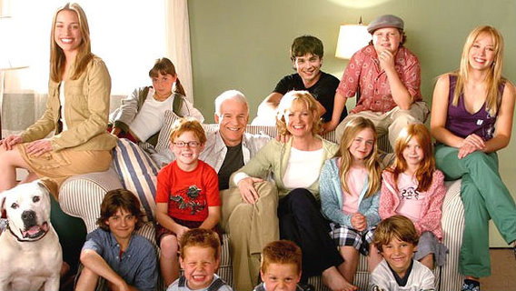 Cheaper_by_the_dozen_fam_pic