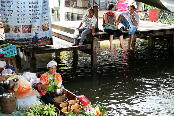 800px-taling_chan_floating_market