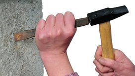 Hammer%20and%20chisel