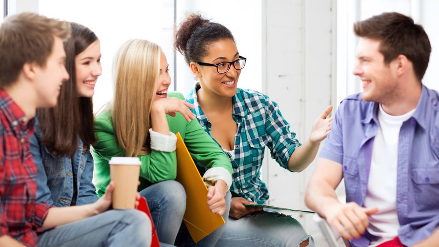 Guidelines for Interaction for Better Class Discussions |Group Talking