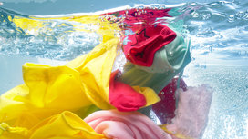 Clothes_in_water