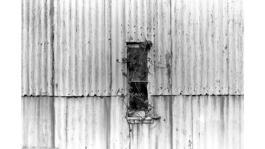 Top_31_thomas_merton_window_in_side_of_barn__zen_photography_-_0067
