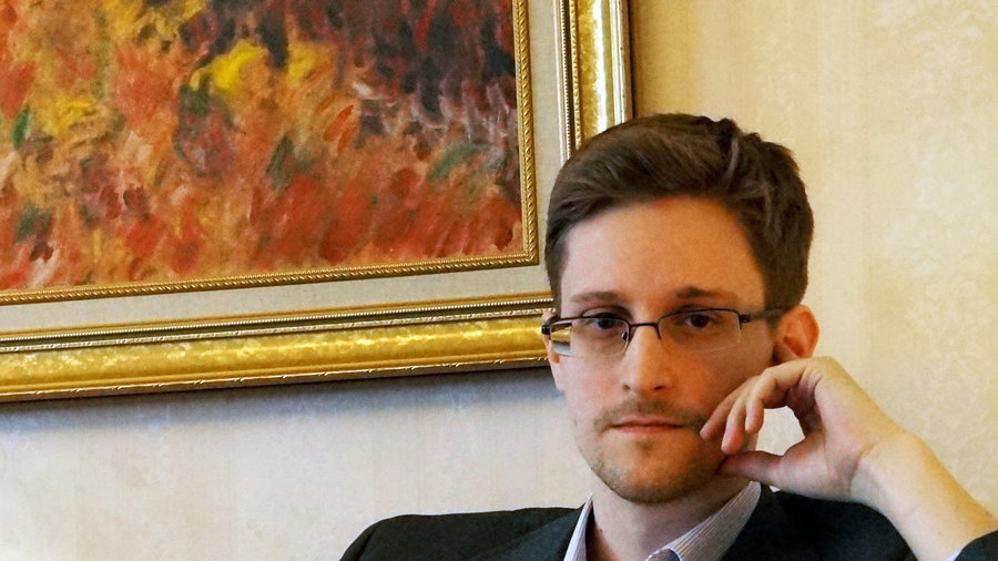 Edward Snowden divulges the 5 easiest ways to protect yourself online