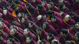 Buddhist_monks_in_china_final