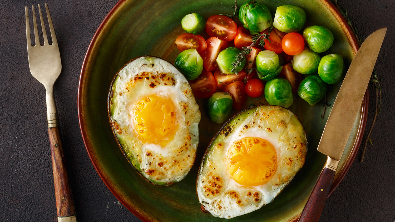Avocado with eggs ketogenic diet